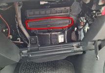 07_Innenraumfilter - kann man vorher rausnehmen oder sollte ihn ersetzen.JPG