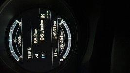 Mazda_Tacho.jpg